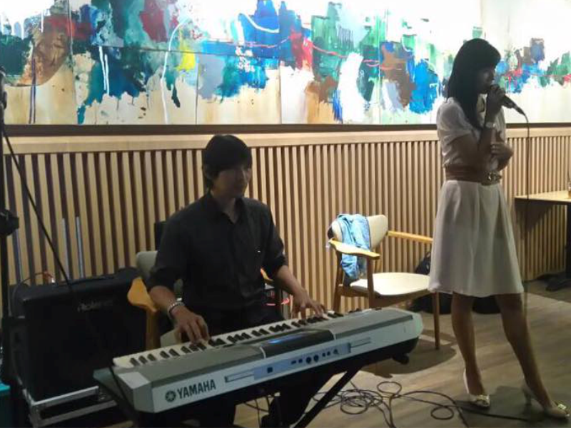 Keyboardist Nando